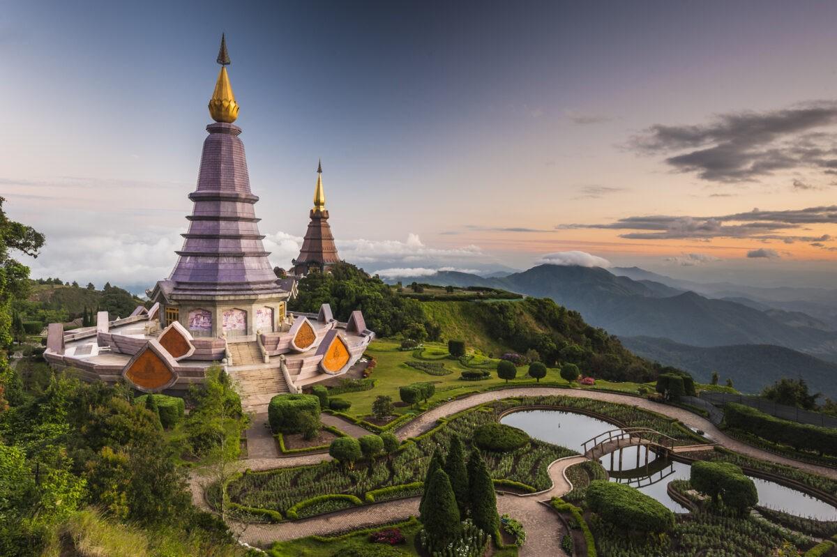 Phra Mahathat Napapon Phumsiri Chedi der Königin und König, Doi Inthanon Nationalpark, Chiang Mai Provinz, Nordthailand, Thailand, Asien